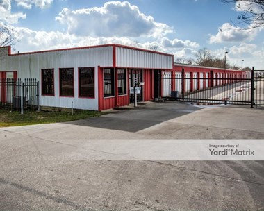 Storage Units for Rent available at 2908 East Wallisville Road, Highlands, TX 77562 Photo Gallery 1