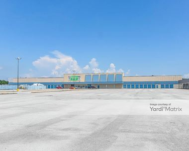 Storage Units for Rent available at 120 South Alexander Drive, Baytown, TX 77520 Photo Gallery 1