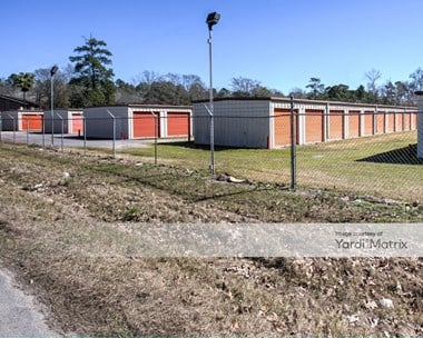 Storage Units for Rent available at 1485 Southpark Drive, New Caney, TX 77357 Photo Gallery 1