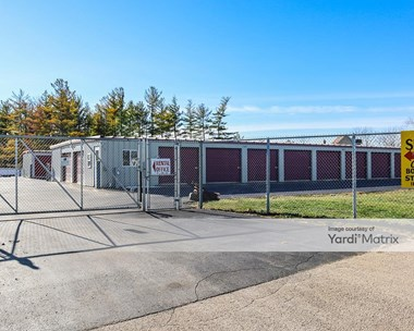 Storage Units for Rent available at 11571 West Illinois Avenue, Beach Park, IL 60099 Photo Gallery 1