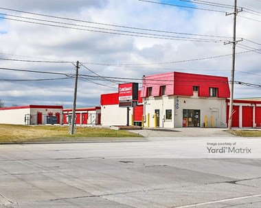 Storage Units for Rent available at 1950 South Mount Prospect Road, Des Plaines, IL 60018 Photo Gallery 1