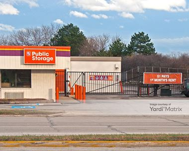 Storage Units for Rent available at 4750 South 108th Street, Greenfield, WI 53228 Photo Gallery 1