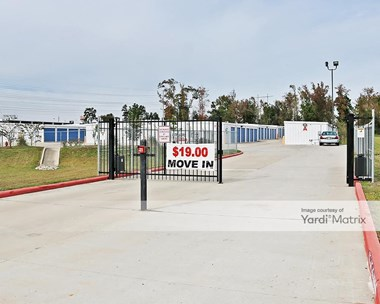 Storage Units for Rent available at 200 Lincoln Ridge, Willis, TX 77378 Photo Gallery 1