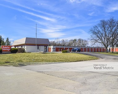 Storage Units for Rent available at 412 West North Avenue, Lombard, IL 60148 Photo Gallery 1