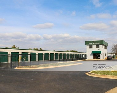 Storage Units for Rent available at 1690 Shanahan Drive, South Elgin, IL 60177 Photo Gallery 1