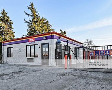 Storage Units for Rent available at 1001 North Frontage Road, Darien, IL 60561 Photo Gallery 1
