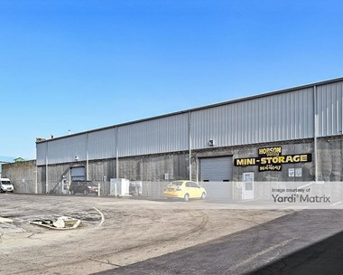 Storage Units for Rent available at 6807 Hobson Valley Drive, Woodridge, IL 60517 Photo Gallery 1