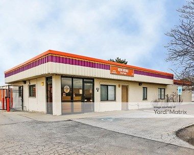 Storage Units for Rent available at 556 North York Road, Bensenville, IL 60106 Photo Gallery 1
