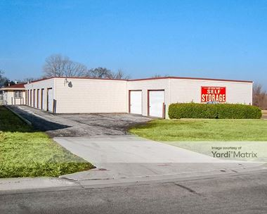 Storage Units for Rent available at 1501 Cedarwood Drive, Crest Hill, IL 60403 Photo Gallery 1