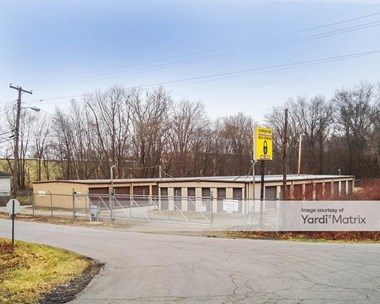 Storage Units for Rent available at 1013 Marquette Road, Lake Station, IN 46405 Photo Gallery 1