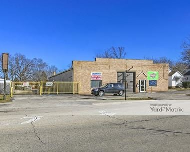 Storage Units for Rent available at 332 South Main Street, Wauconda, IL 60084 Photo Gallery 1