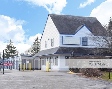Storage Units for Rent available at 2775 Bode Road, Hoffman Estates, IL 60169 Photo Gallery 1
