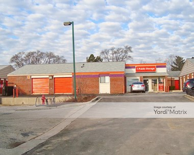 Storage Units for Rent available at 930 South Roselle Road, Schaumburg, IL 60193 Photo Gallery 1