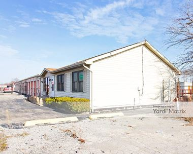 Storage Units for Rent available at 4015 Calumet Avenue, Hammond, IN 46320 Photo Gallery 1