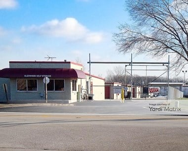 Storage Units for Rent available at 19301 Chicago Heights Glenwood Road, Glenwood, IL 60425 Photo Gallery 1