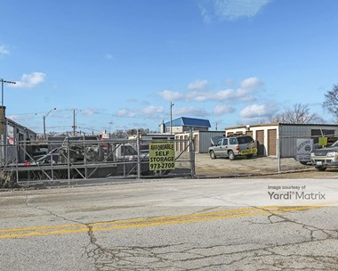Storage Units for Rent available at 133 South US Highway 12, Fox Lake, IL 60020 Photo Gallery 1