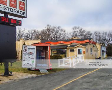 Storage Units for Rent available at 5048 West 81st Avenue, Schererville, IN 46375 Photo Gallery 1