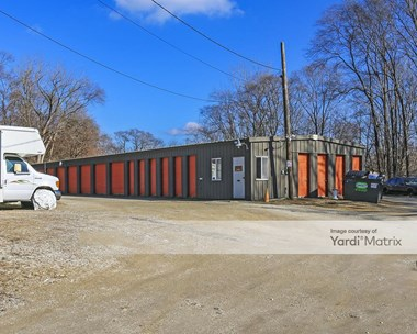 Storage Units for Rent available at 33 Arlington Lane, Fox Lake, IL 60020 Photo Gallery 1