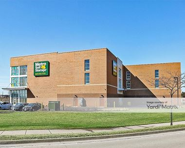Storage Units for Rent available at 847 Deerfield Pkwy, Buffalo Grove, IL 60089 Photo Gallery 1