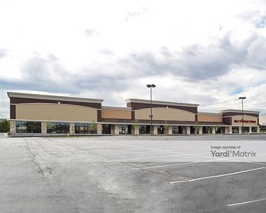 Storage Units for Rent available at 325 East Army Trail Road, Glendale Heights, IL 60139 Photo Gallery 1