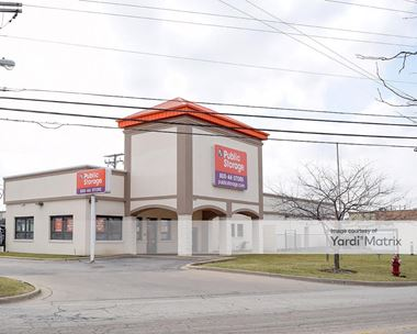 Storage Units for Rent available at 1600 East Davis Street, Arlington Heights, IL 60005 Photo Gallery 1