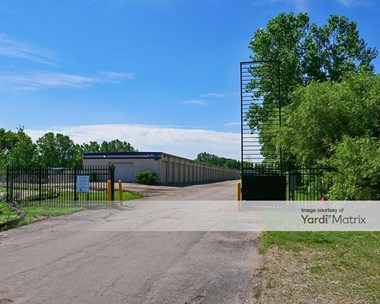Storage Units for Rent available at 251 5Th Street NW, New Brighton, MN 55112 Photo Gallery 1