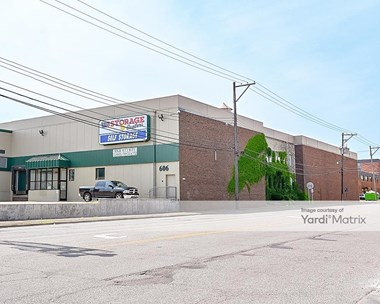 Storage Units for Rent available at 606 Vandalia Street, St Paul, MN 55114 Photo Gallery 1