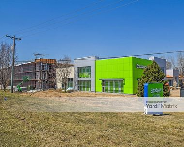 Storage Units for Rent available at 6150 Baker Road, Minnetonka, MN 55345 Photo Gallery 1