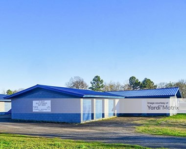 Storage Units for Rent available at 2323 Washington, Conway, AR 72032 Photo Gallery 1
