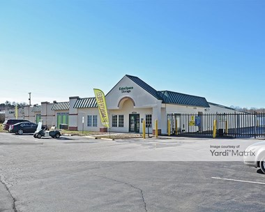 Storage Units for Rent available at 4514 West Gate City Blvd, Greensboro, NC 27407 Photo Gallery 1