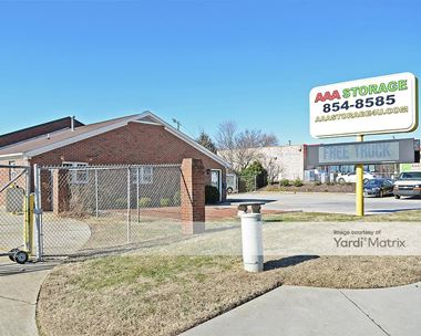 Storage Units for Rent available at 3702 Groometown Road, Greensboro, NC 27407 Photo Gallery 1