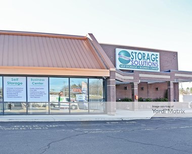 Storage Units for Rent available at 401 Jonestown Road, Winston-Salem, NC 27104 Photo Gallery 1