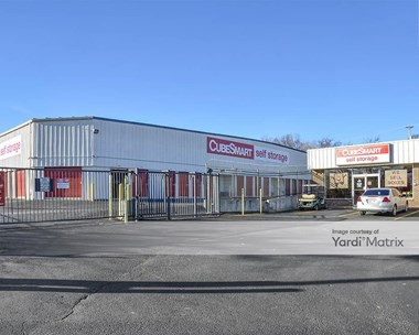 Storage Units for Rent available at 3300 John Mallette Drive, Nashville, TN 37218 Photo Gallery 1