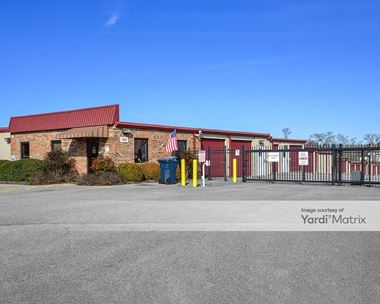 Storage Units for Rent available at 760 Airport Road, Gallatin, TN 37066 Photo Gallery 1