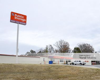 Storage Units for Rent available at 424 Metroplex Drive, Nashville, TN 37211 Photo Gallery 1