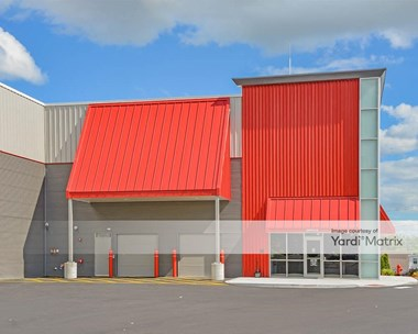 Storage Units for Rent available at 10 Hampshire Road, Salem, NH 03079 Photo Gallery 1