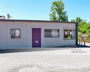 Storage Units for Rent available at 927 Allison Bonnett Memorial Drive, Hueytown, AL 35023 Photo Gallery 1