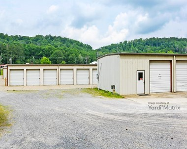 Storage Units for Rent available at 103 May Street, Oneonta, AL 35121 Photo Gallery 1