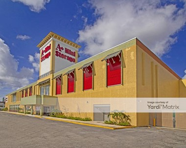 Storage Units for Rent available at 1403 NW 40Th Avenue, Lauderhill, FL 33331 Photo Gallery 1