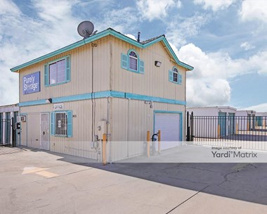 Storage Units for Rent available at 25962 Avenue 17 1/2, Madera, CA 93638 Photo Gallery 1