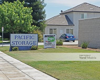 Storage Units for Rent available at 4201 West San Jose Avenue, Fresno, CA 93722 Photo Gallery 1