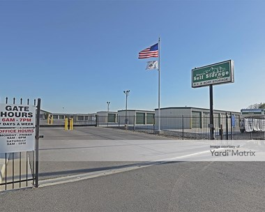 Storage Units for Rent available at 169 West Gibbons Avenue, Porterville, CA 93257 Photo Gallery 1