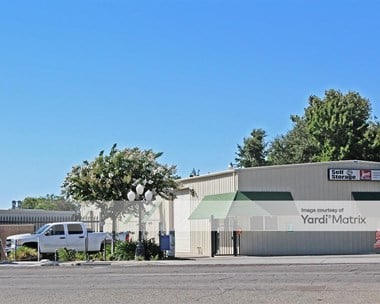 Storage Units for Rent available at 344 East Dinuba Avenue, Reedley, CA 93654 Photo Gallery 1