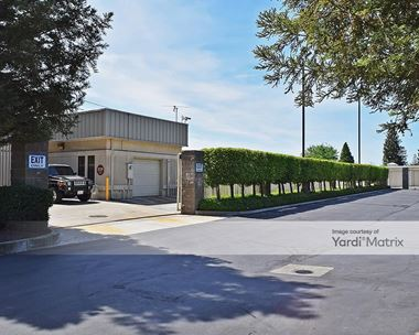 Storage Units for Rent available at 3719 Tully Road, Modesto, CA 95356 Photo Gallery 1