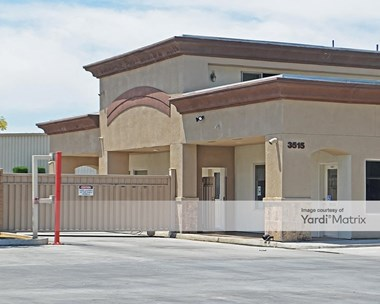 Storage Units for Rent available at 3515 West Dakota Avenue, Fresno, CA 93722 Photo Gallery 1