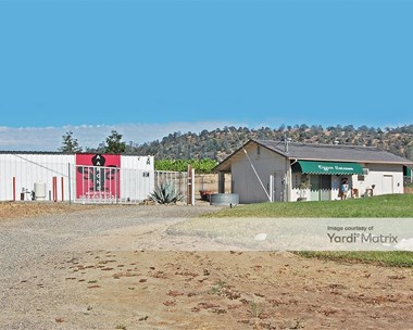 Storage Units for Rent available at 28641 Highway 41, Coarsegold, CA 93614 Photo Gallery 1