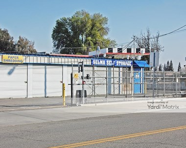 Storage Units for Rent available at 2118 Mccall Avenue, Selma, CA 93662 Photo Gallery 1