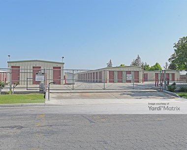Storage Units for Rent available at 9901 Southland Court, Bakersfield, CA 93307 Photo Gallery 1