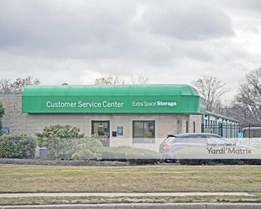 Storage Units for Rent available at 510 Johnson Avenue, Bohemia, NY 11716 Photo Gallery 1