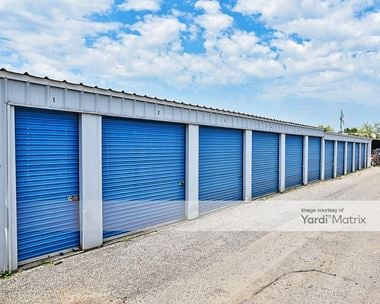 Storage Units for Rent available at 1495 3rd Avenue West, Shakopee, MN 55379 Photo Gallery 1